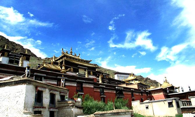 西藏日喀则-扎什伦布寺(西藏的藏传佛教寺院),藏传佛教,日喀则,西藏