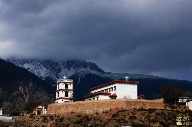 西藏昌都-盐井天主教堂,天主教堂,占地面积,传教士,西藏,昌都