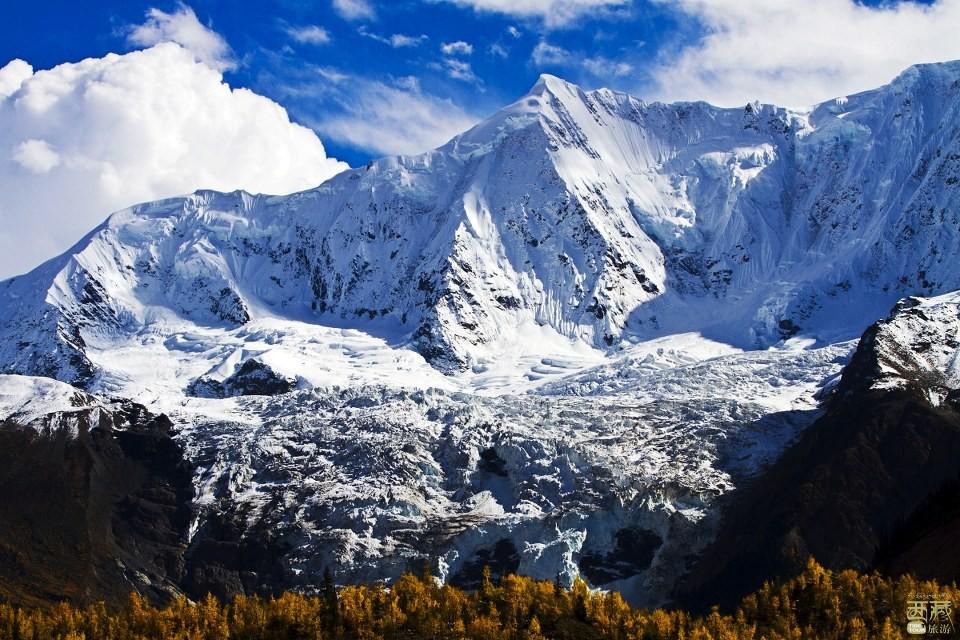西藏林芝-米堆冰川,雅鲁藏布江,米堆冰川,川藏公路,人与自然,西藏