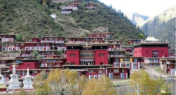 西藏昌都-瓦拉寺,西藏,昌都