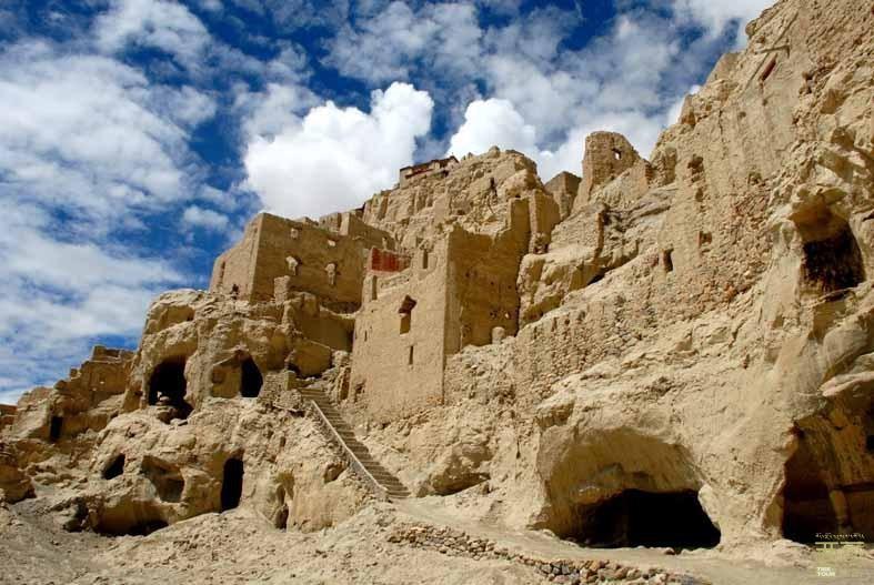 西藏阿里-阿里窑洞,西藏,阿里
