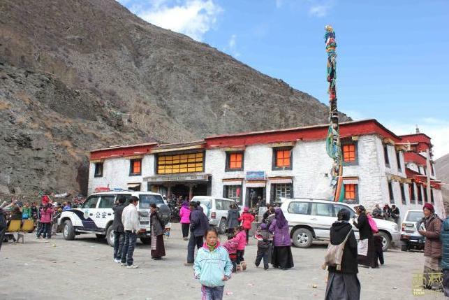 西藏山南-雅桑寺,西藏