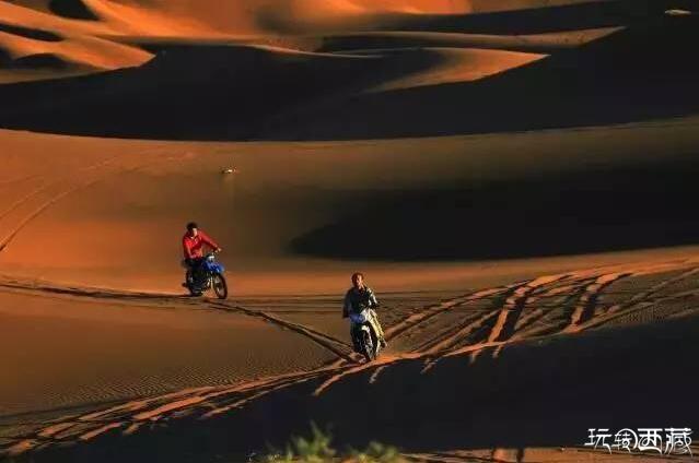 西安不�h�,堪比沙坡�^的沙漠免�M�_放!